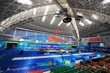 青岛大学体育馆可满足各种馆内体育赛事及大型集会.